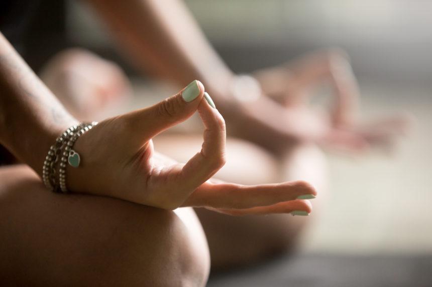 Faire circuler l'énergie qui est en vous et qui vous entoure avec le Yoga Do In et le Feng Shui